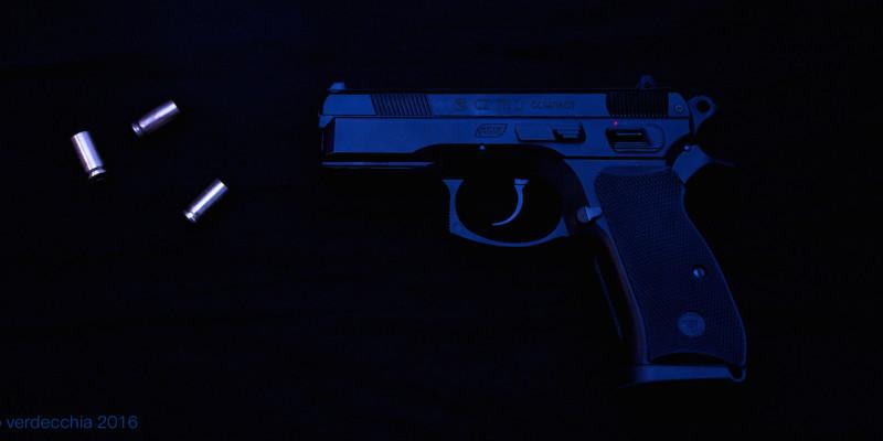 06 Pistola Blu